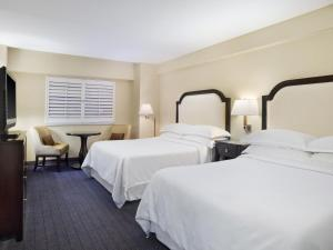 Traditional Queen Room with Two Queen Beds and No View