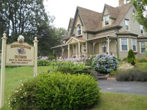 Photo of Heritage Home Bed & Breakfast