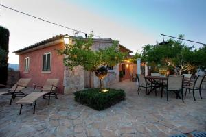 Photo of Holiday Home Can Cremat