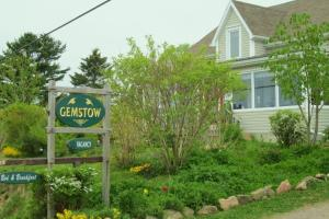 Gemstow Bed And Breakfast