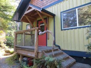 Tigh Na Clayoquot Vacation Rental