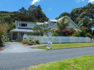 Photo of Arapohue House Bed & Breakfast