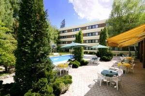 Hotel in Vösendorf, Austria - Hotel Arnia. Click for more information and booking accommodation