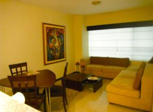 Fully furnished luxury Suite in Torre Sol II building with Security 24/7 (en Guayaquil)