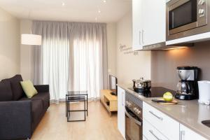Апартамент Feelathome Plaza Apartments, Барселона