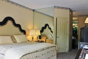 Deluxe King Room with Spa Bath - Ground Floor