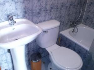 Apartment with Private Bathroom