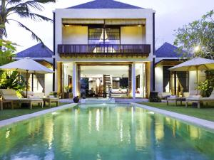 Photo of Majapahit Beach Villas   Villa Nataraja