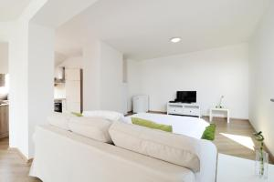 Photo of Ambiente Serviced Apartments   29. Augusta Street