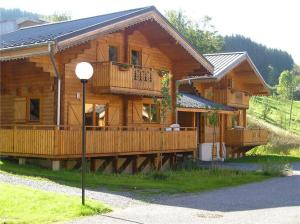 Holiday home Chalet Du Bois Champelle I Morillon