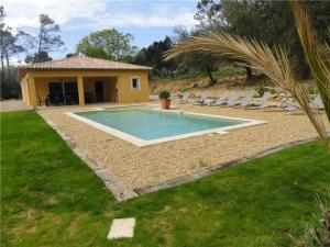 Holiday Home L Adjoucadou