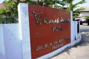 Photo of Hotel Ranah Bundo