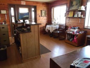 Narrow Gauge Railroad Inn