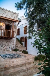 Courtyard, Hotels  Kalkan - big - 34
