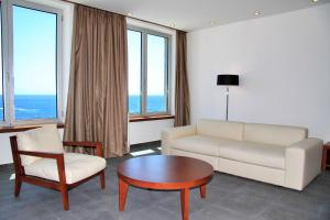 Avala Resort & Villas, Rezorty  Budva - big - 72