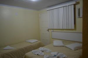 Standard Triple Room with Air Conditioning and Minibar