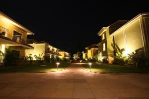 Acacia Palms Resort, Colva
