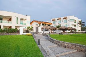 Photo of Artisan Hotels And Resorts Collection Playa Esmeralda