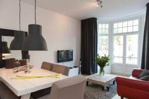 Top Spot Apartment in Centre City