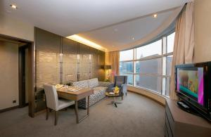 Suite with Harbour View