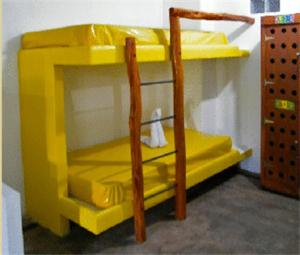 Single Bed in Mixed Dormitory Room (20 Adults)