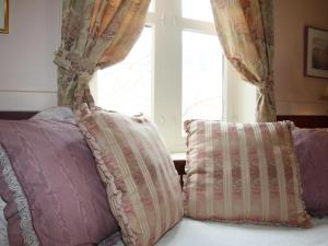 Deluxe Queen Room with Twin - Pinkham