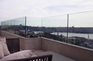 Suite Panorámica Golden Horn con vistas al mar y acceso al salón business