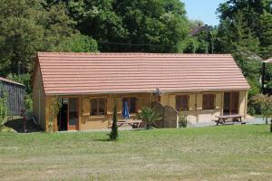 Gite de Charme, Holiday homes  Saint-Aignan - big - 14