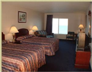 Superior Double Room with Lake View and Two Double Beds