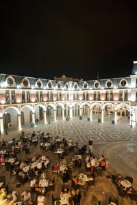 Photo of Piazza Four Colours