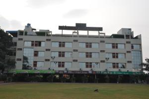 Photo of Hotel Mittal Avenue