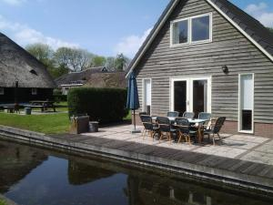 De Sloothaak, Holiday homes  Giethoorn - big - 1