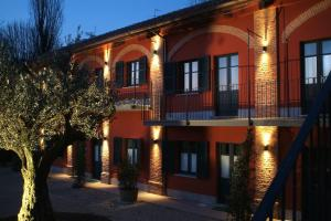 Le Serre Suites & Apartments