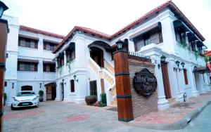 Photo of Hotel Veneto De Vigan