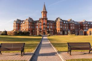 Slieve Donard Hotel and Spa (3 of 39)