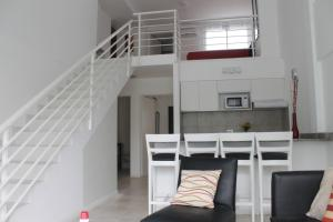 Duplex Apartment (4 Adults + 2 Children)