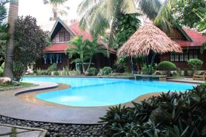 Photo of Alona Tropical Beach Resort