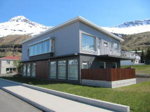 Photo of Seydisfjördur Apartment