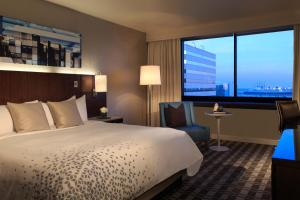 King or Double Room with Harbor View