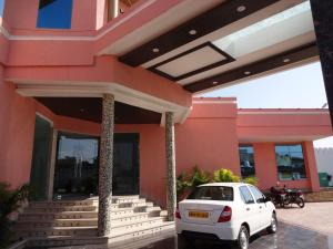 Hardik Resort