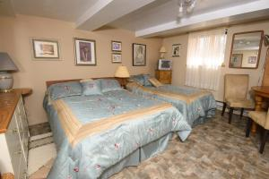 Double Room with Single Bed - Les artistes