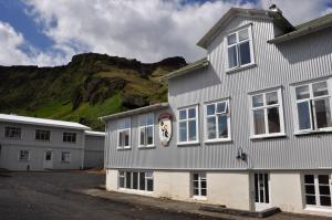 Photo of Puffin Hostel Vík