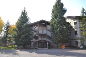 Teton Village Three Bedroom Condominiums By Jackson Hole Real Estate Company