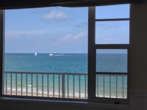Photo of Studio Ocean Front Lauderdale By The Sea