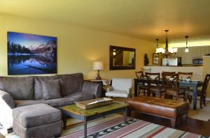 The Aspens Two Bedroom Condominiums By Jackson Hole Real Estate Company