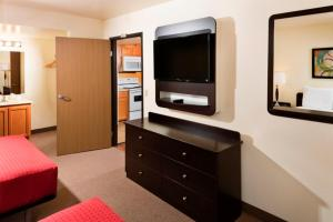 One-Bedroom Select Suite