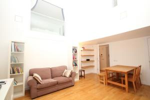 Fg Property   Apartment 23 In Vauxhall, Lawn Lane