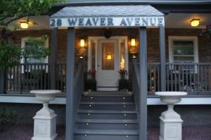 Photo of Admiral Weaver Inn