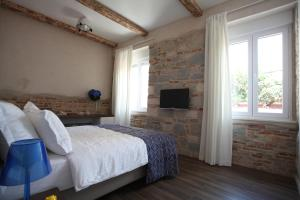 Azurpalace Luxury Rooms