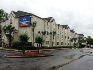 Photo of Hometown Inn & Suites Jacksonville Butler Blvd./Southpoint